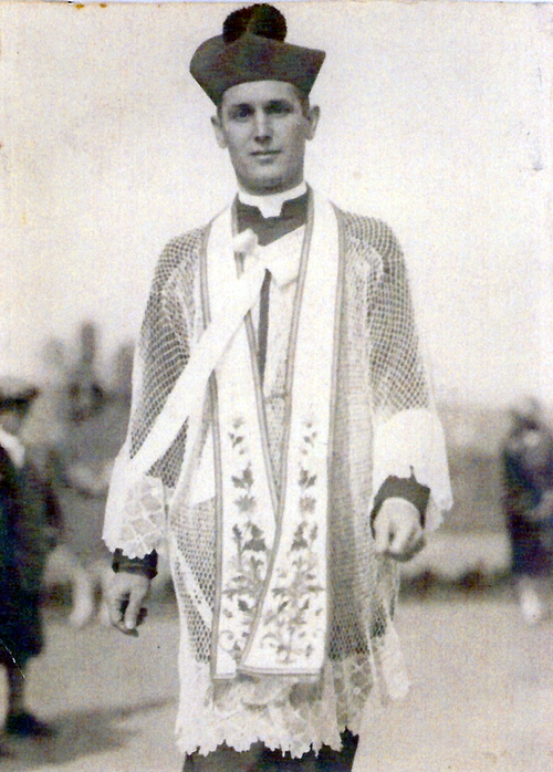 Fr Tomko in vestments